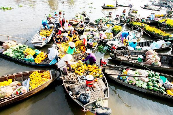 Cai Be Floating Market Day Trip - Small Group from HCMC